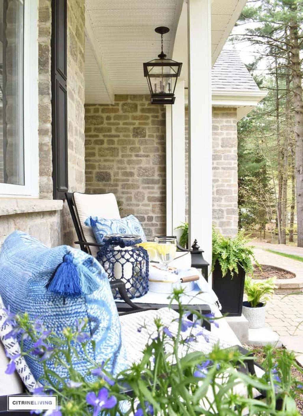 The Best Spring Porch Decoration Ideas 28