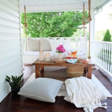 The Best Spring Porch Decoration Ideas 31
