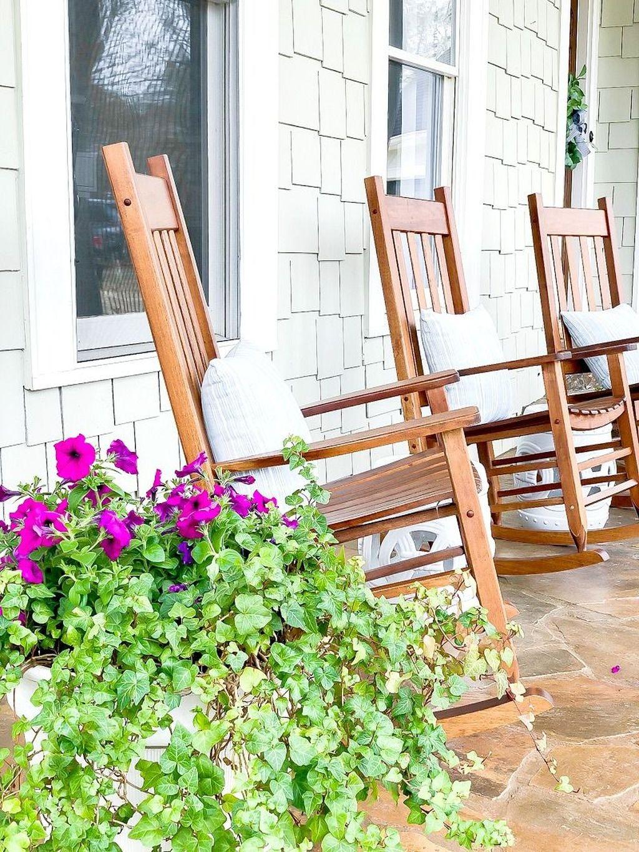 The Best Spring Porch Decoration Ideas 38