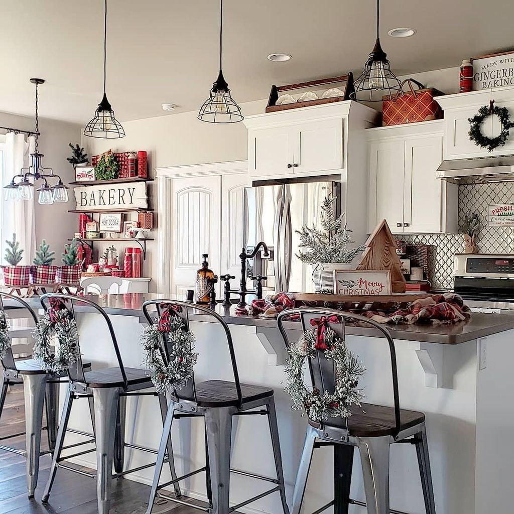 Amazing Christmas Decor For Kitchen Table 04