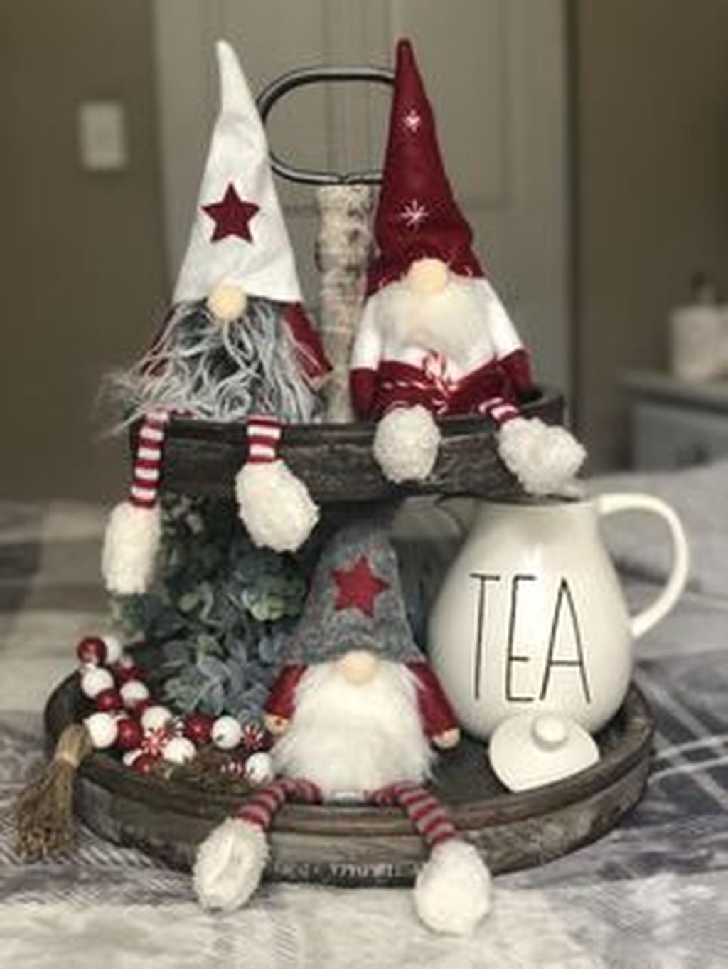 Amazing Christmas Decor For Kitchen Table 16