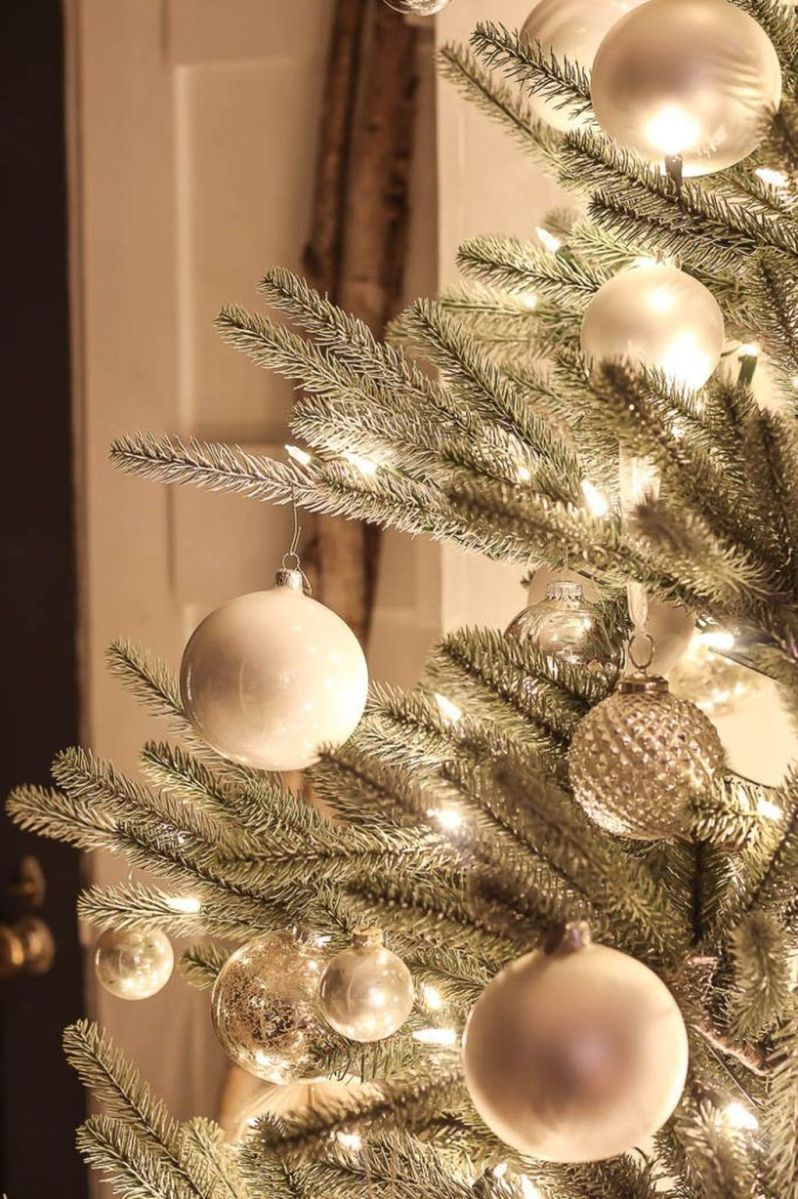 Amazing Christmas Lights Tree Decoration Ideas 02