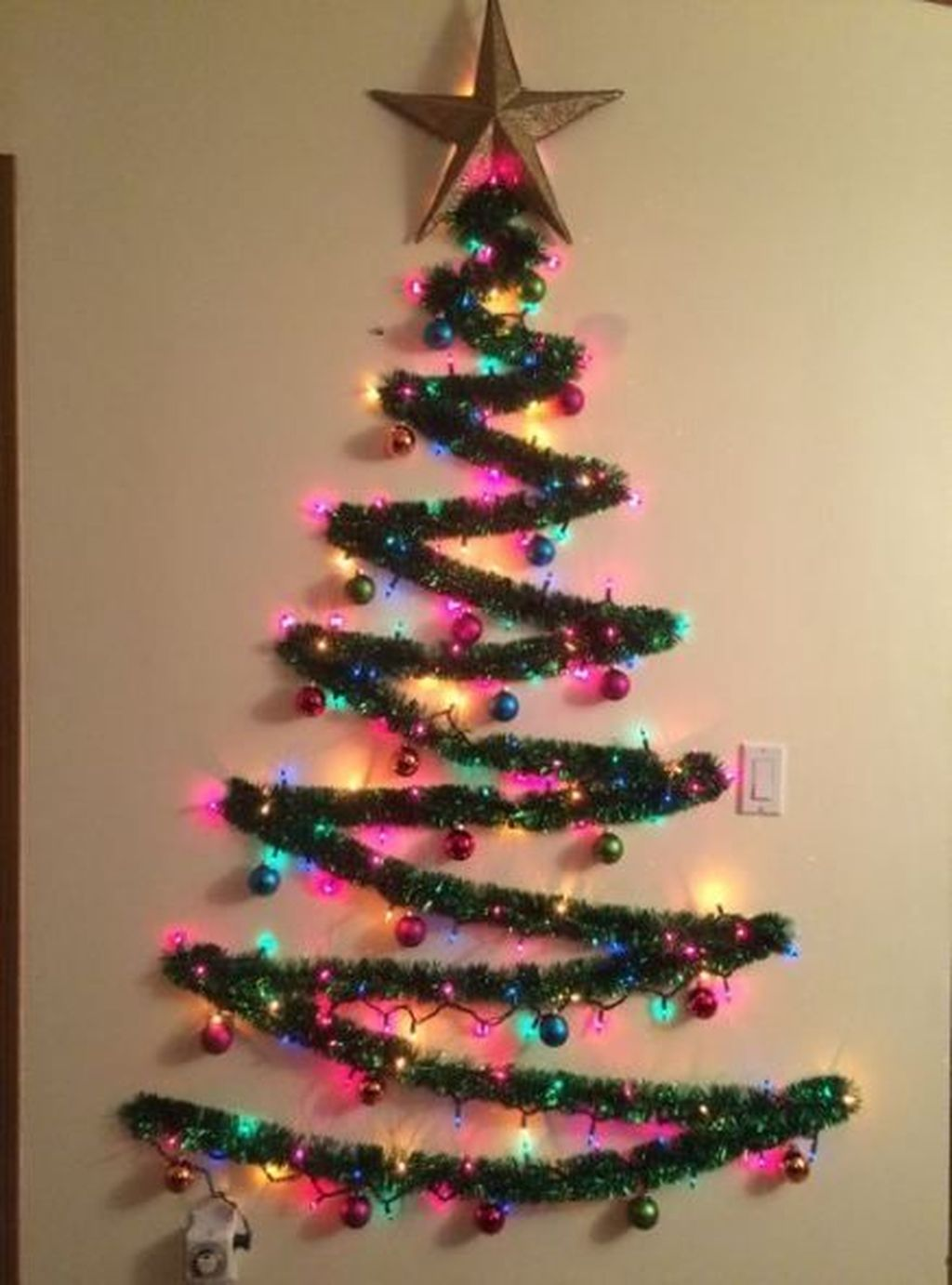 Amazing Christmas Lights Tree Decoration Ideas 04