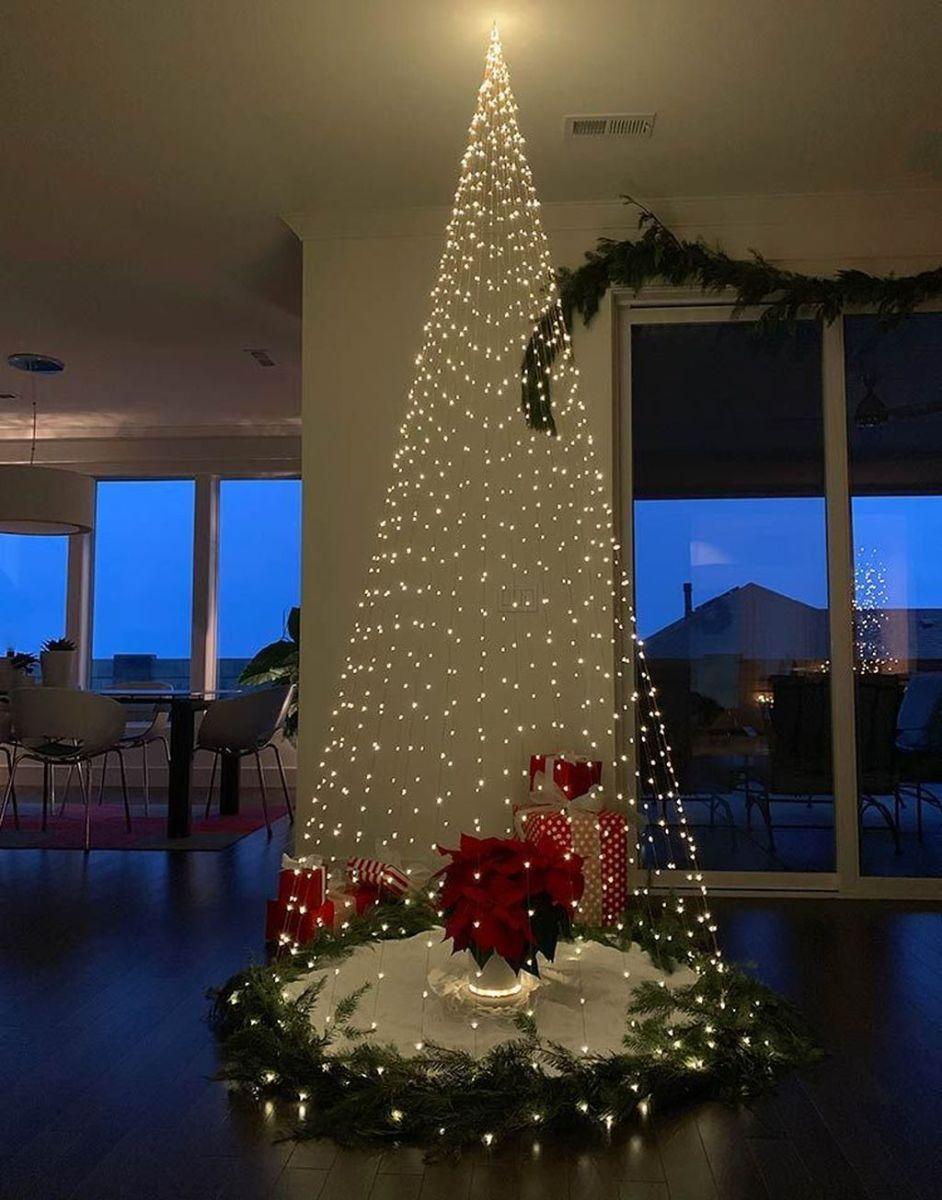 Amazing Christmas Lights Tree Decoration Ideas 31