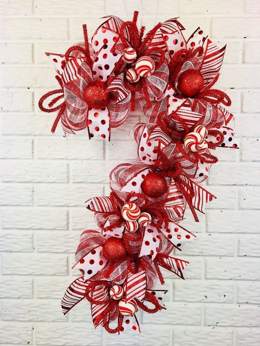 Beautiful Christmas Wreaths Decor Ideas You Should Copy Now 37