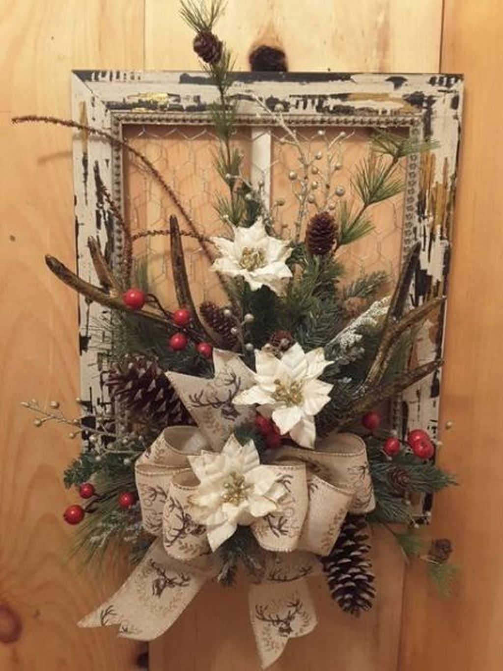 Beautiful Winter Wreaths Design Ideas 07