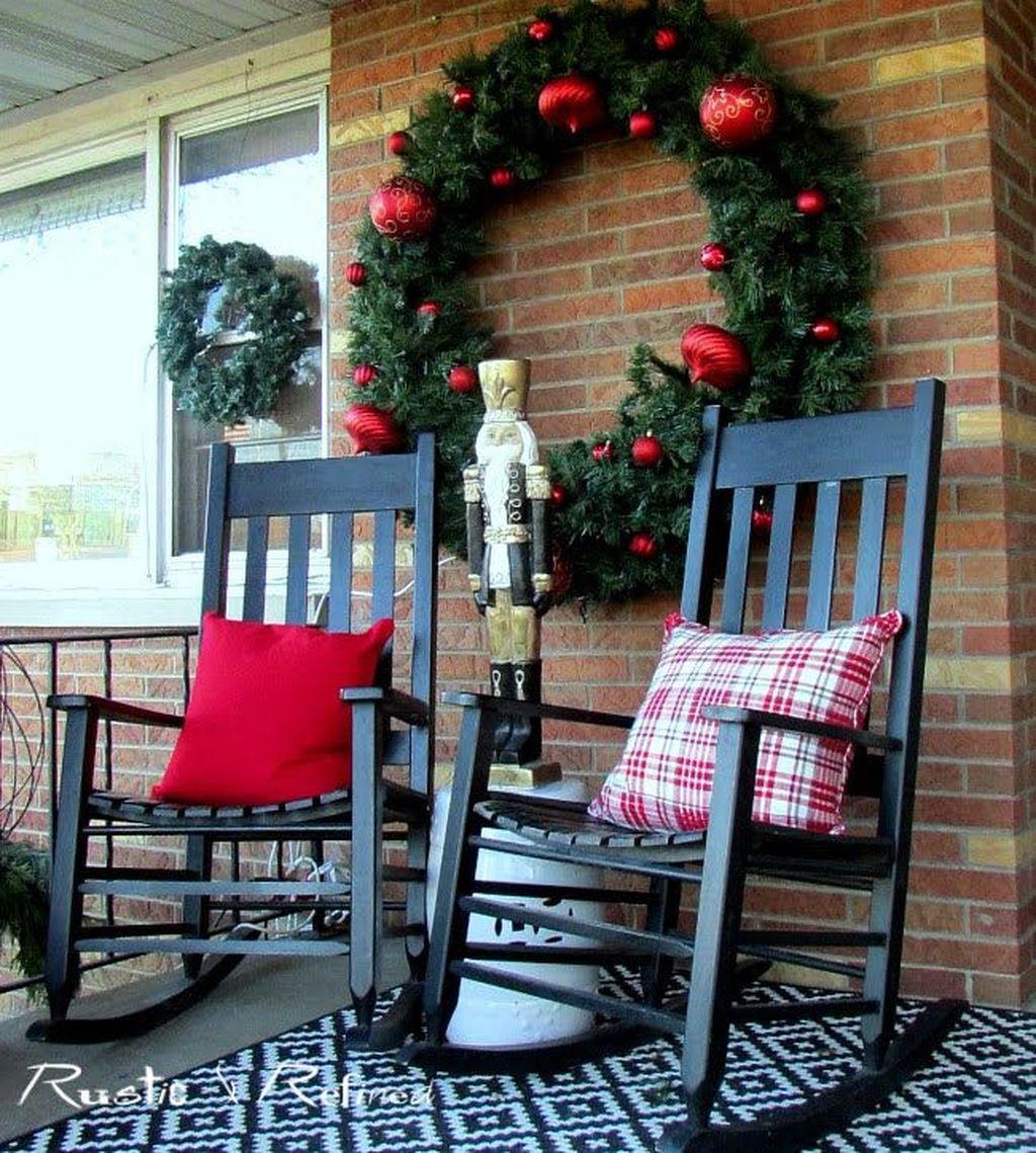 Fabulous Christmas Patio Decor Ideas 22