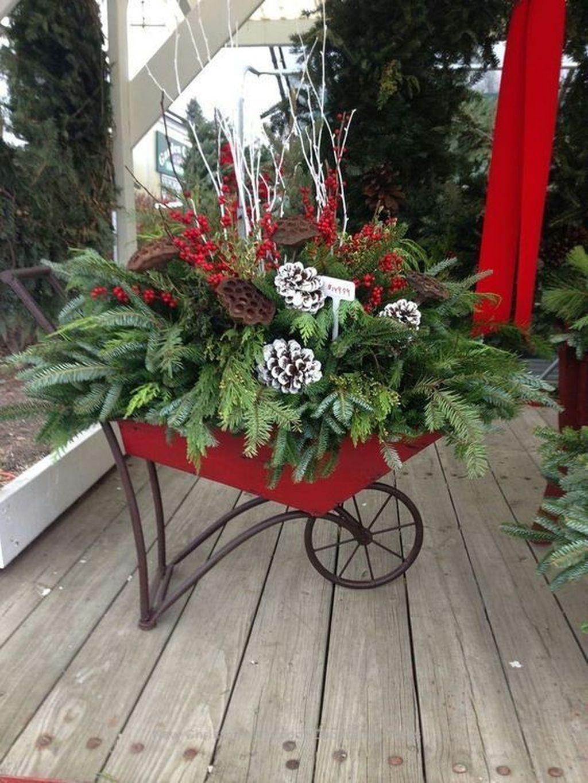 Fabulous Christmas Patio Decor Ideas 25