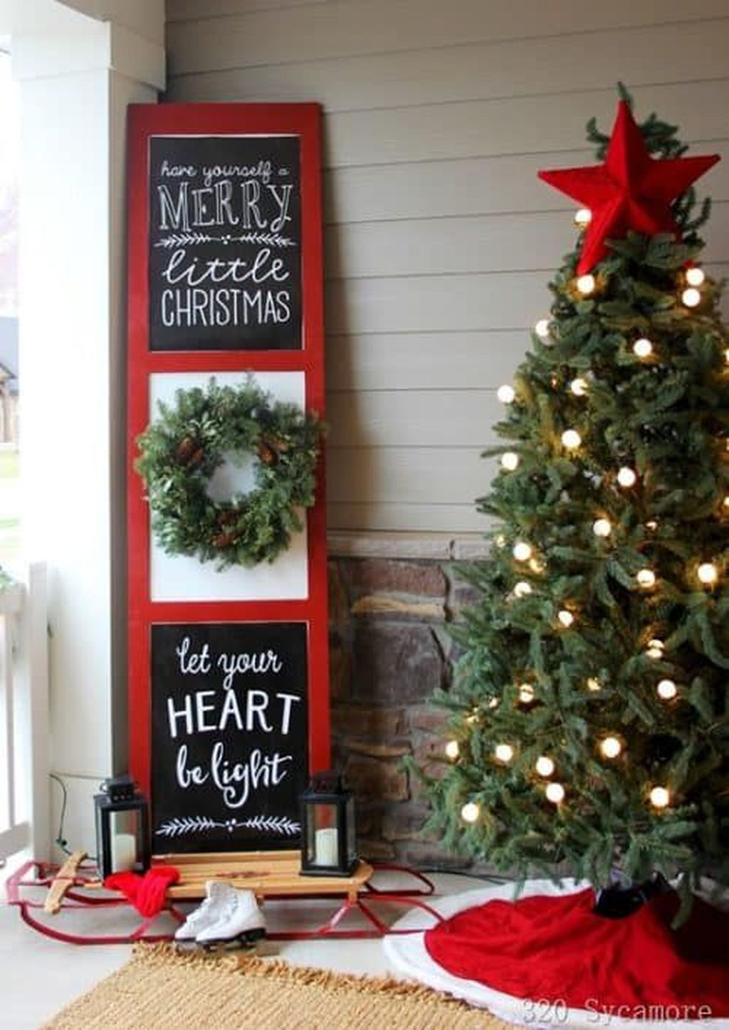 Fabulous Christmas Patio Decor Ideas 31