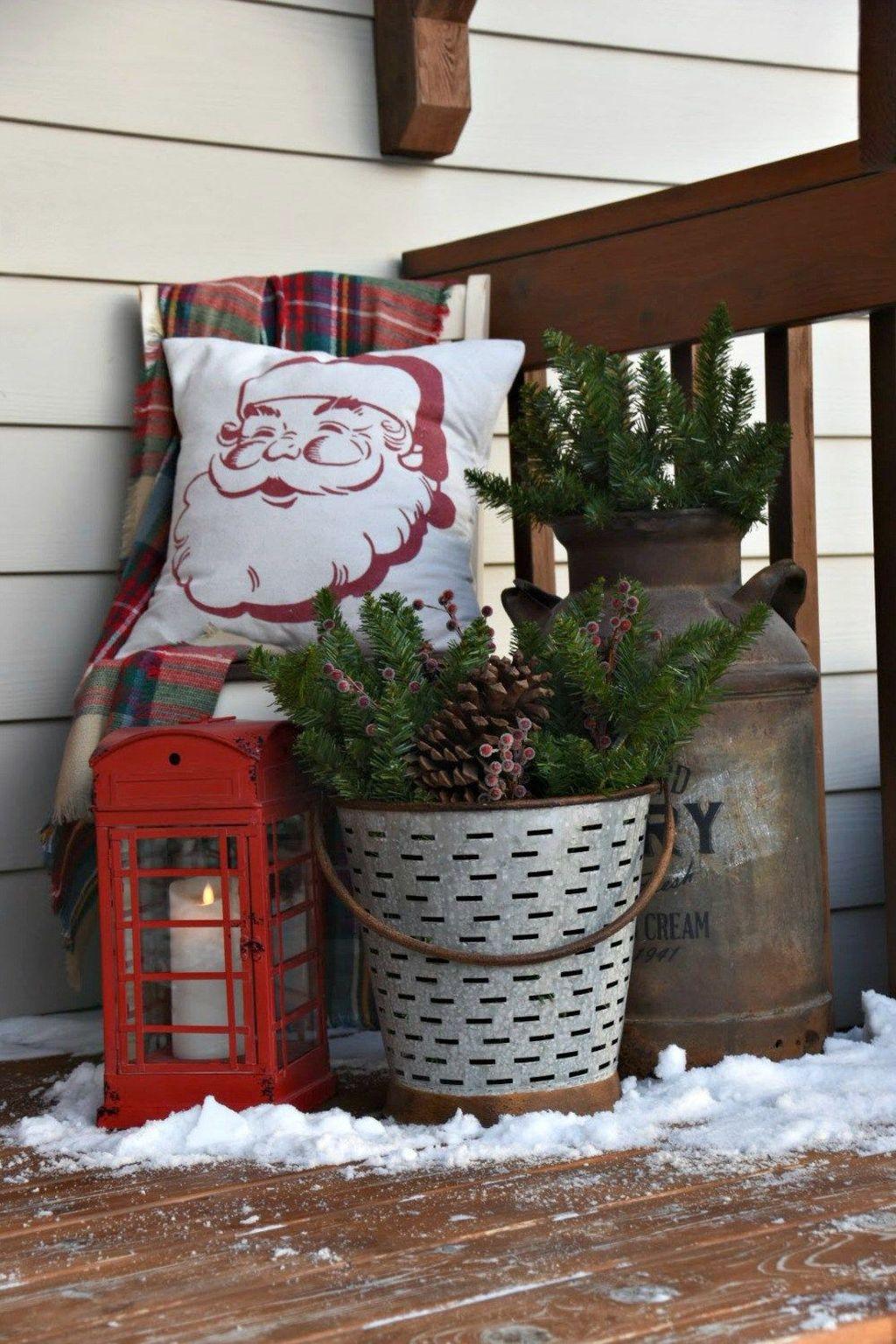 Fabulous Christmas Patio Decor Ideas 34