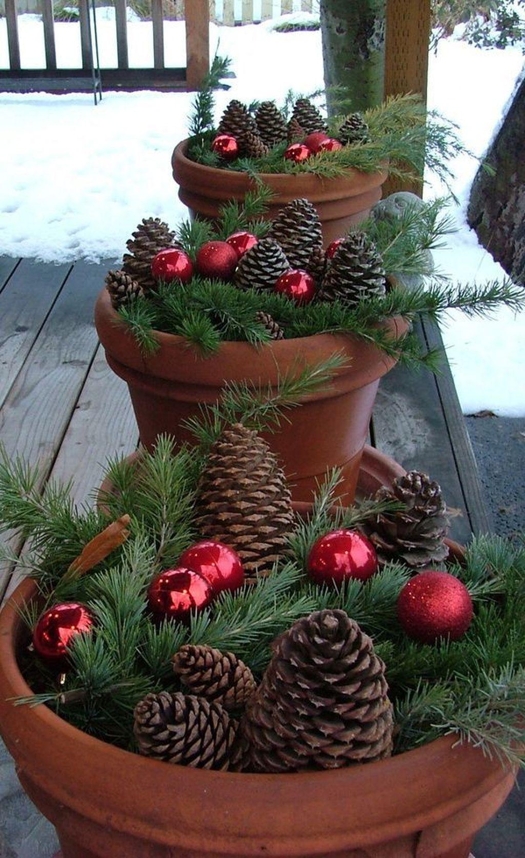 Fabulous Christmas Patio Decor Ideas 40