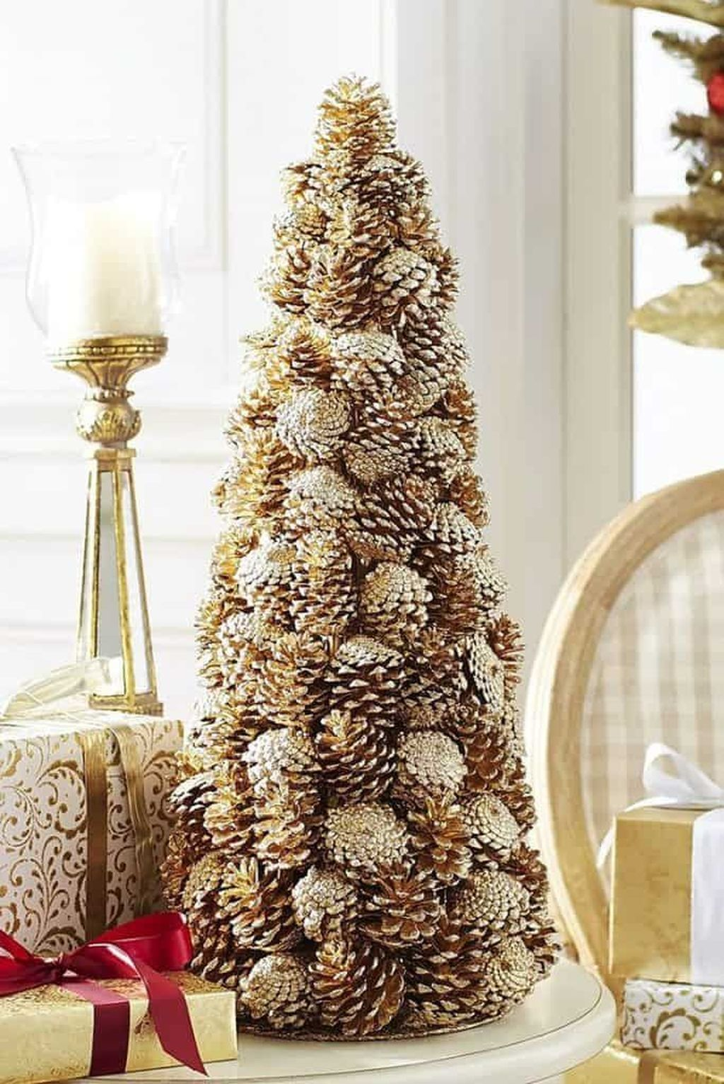 Fabulous Christmas Pine Cone Decorations 08
