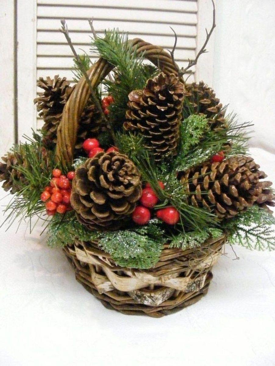 Fabulous Christmas Pine Cone Decorations 45
