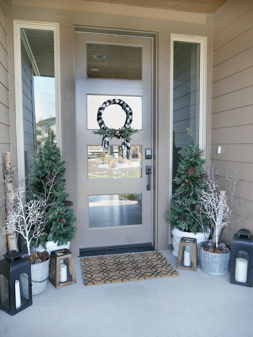 Gorgeous Winter Porch Decor Ideas 10