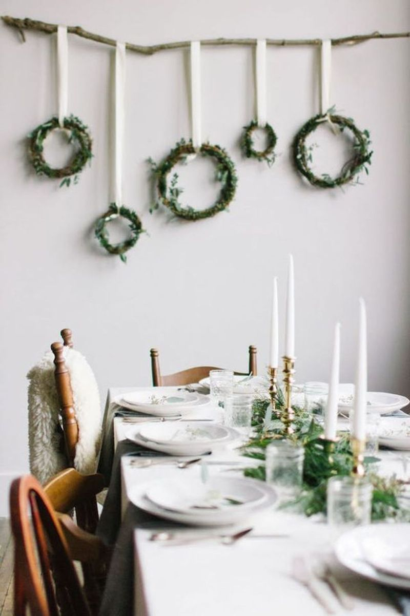 Lovely Christmas Wall Decor Ideas For Your Homes 03