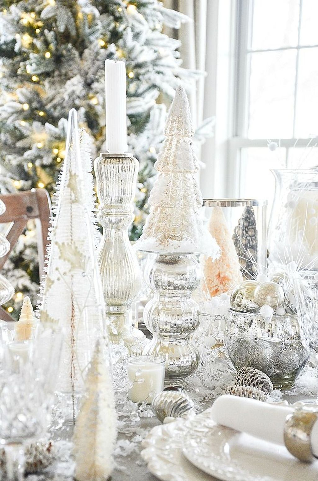 Lovely Winter Wonderland Home Decoration Ideas Look Beautiful 04
