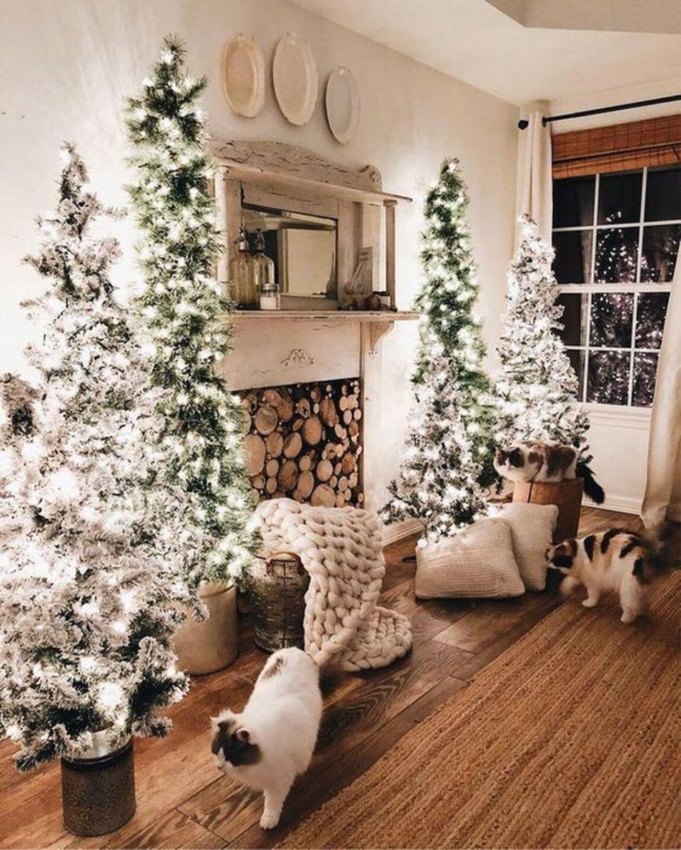 Lovely Winter Wonderland Home Decoration Ideas Look Beautiful 25