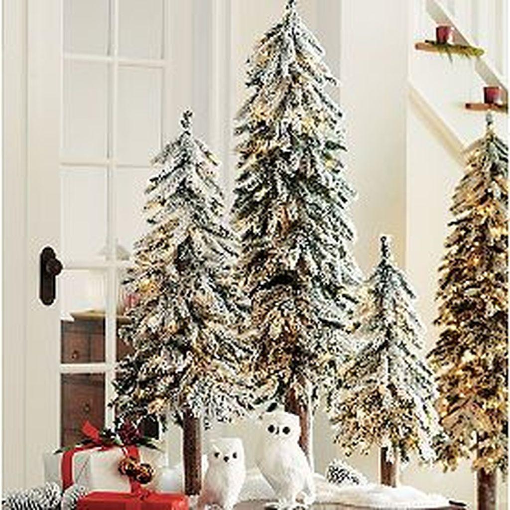 Lovely Winter Wonderland Home Decoration Ideas Look Beautiful 26