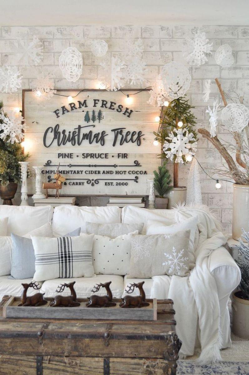 Lovely Winter Wonderland Home Decoration Ideas Look Beautiful 38
