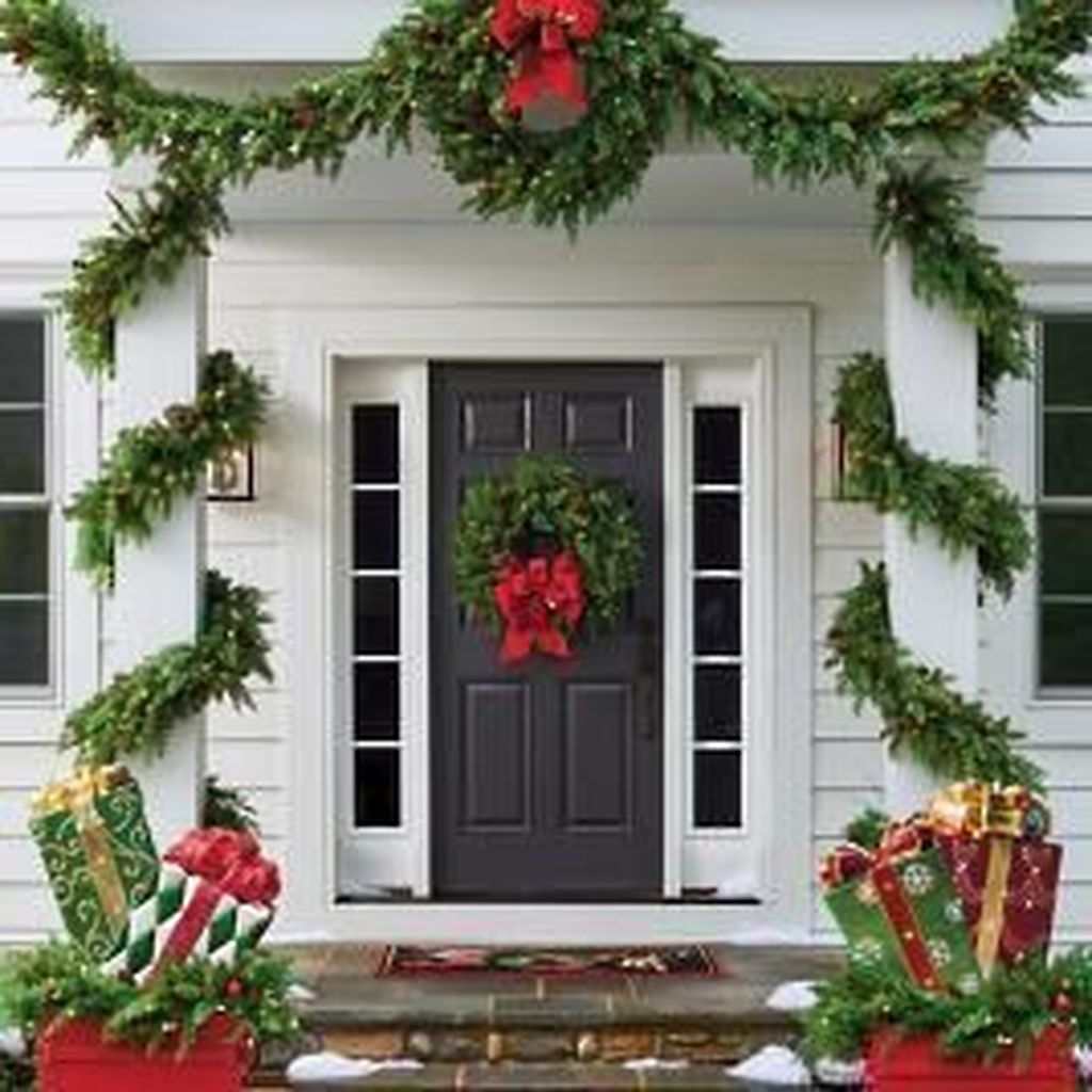 Nice Outdoor Christmas Decorations Perfect For This Winter 04