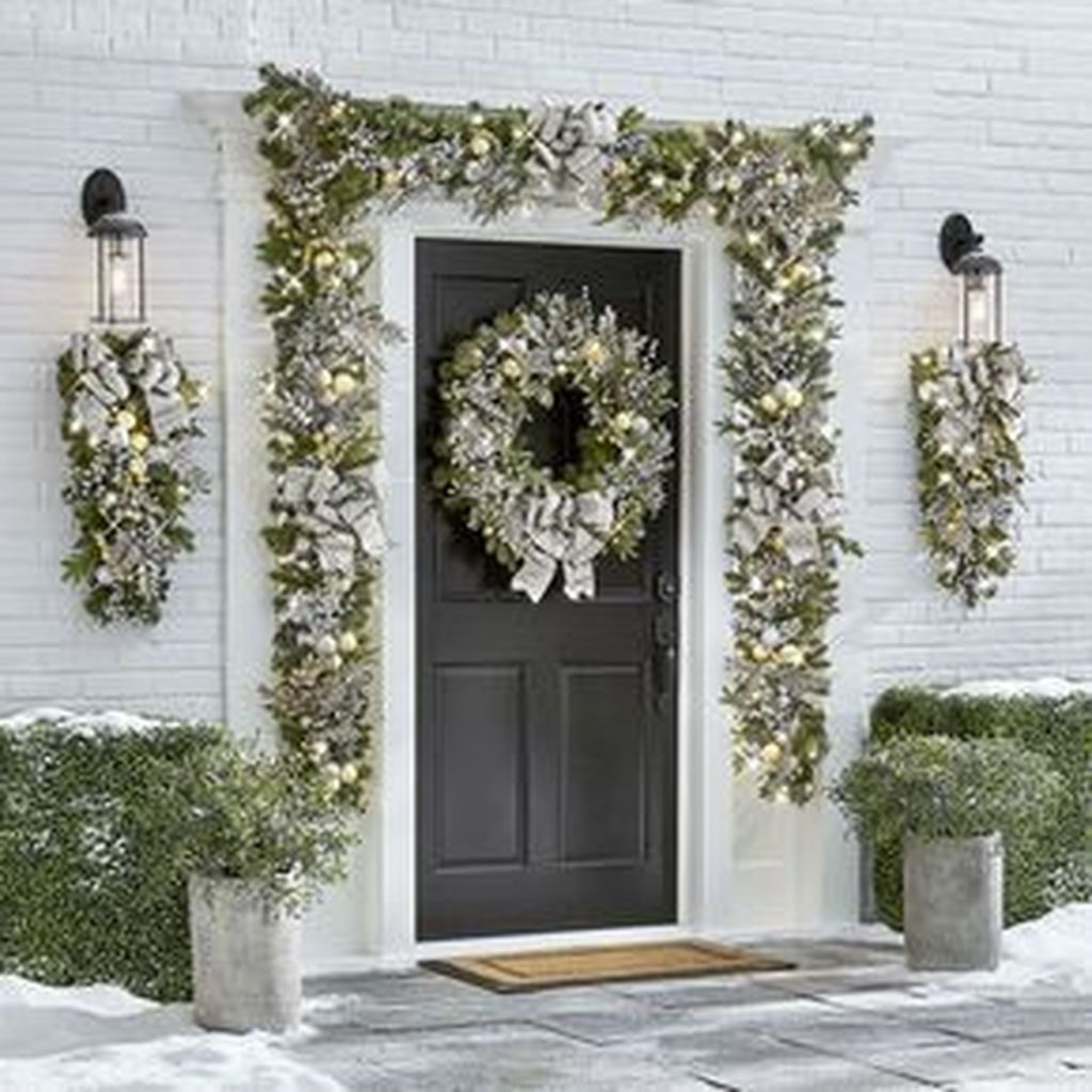 Nice Outdoor Christmas Decorations Perfect For This Winter 11