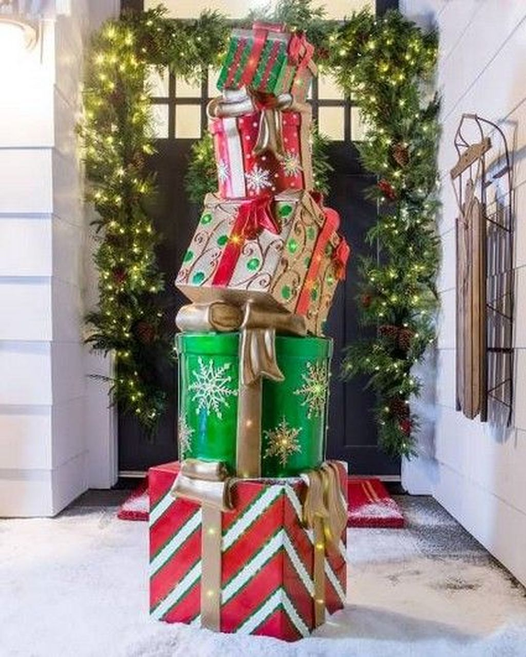 Nice Outdoor Christmas Decorations Perfect For This Winter 12