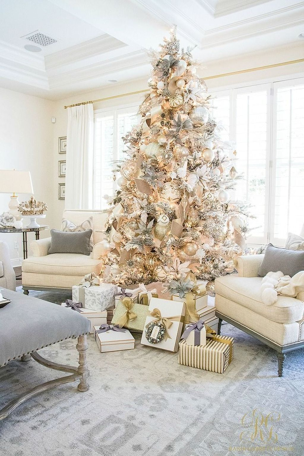 Popular Christmas Theme Apartment Decorations 30