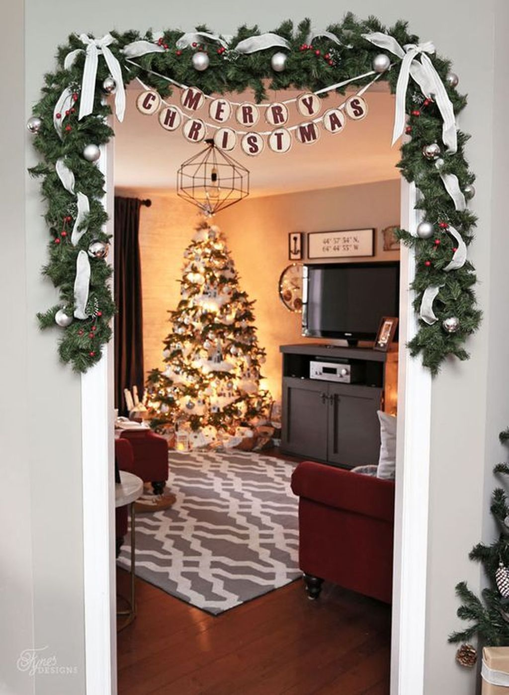 Popular Christmas Theme Apartment Decorations 40