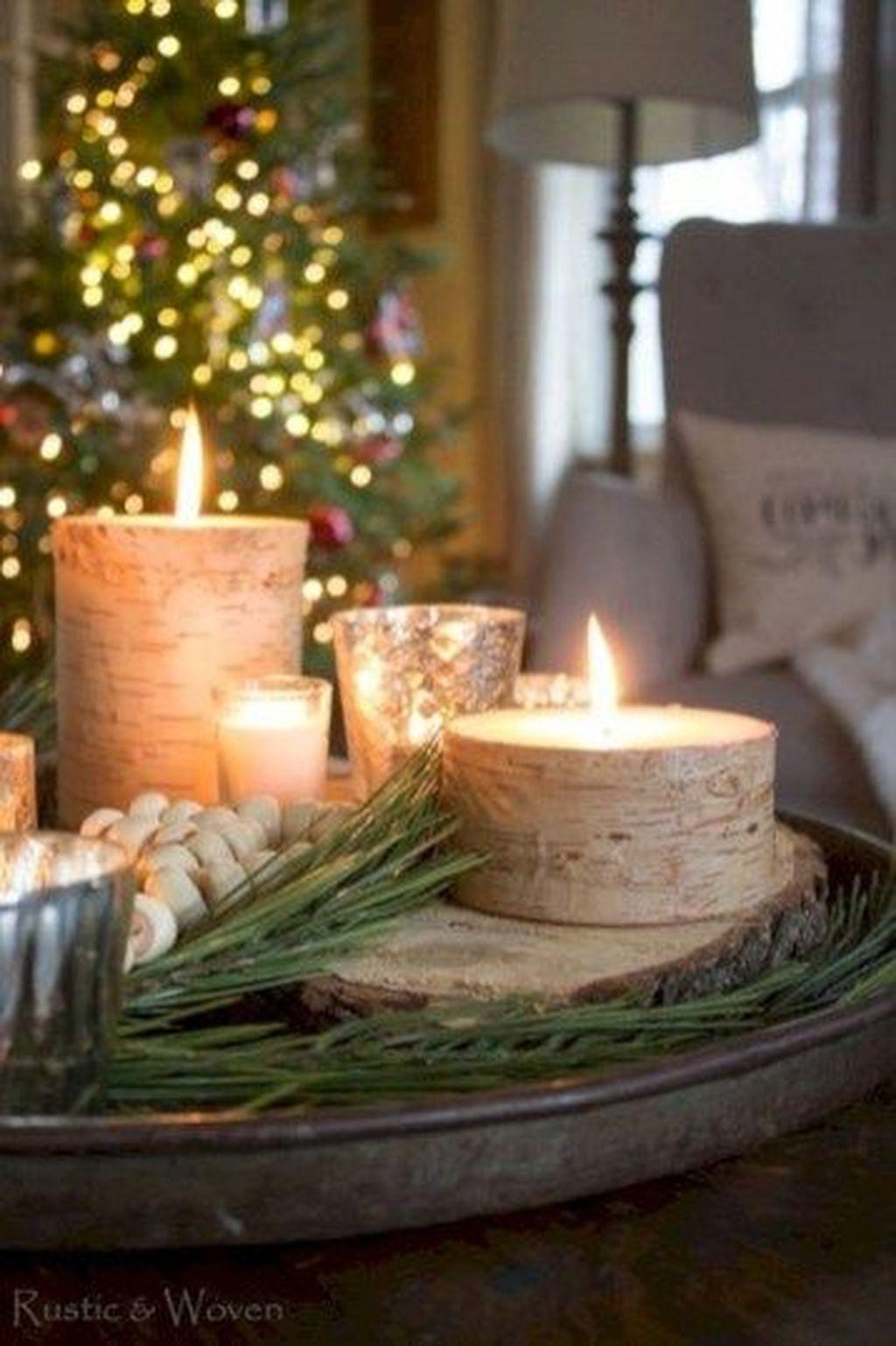 Popular Christmas Theme Coffee Table Decoration Ideas 31