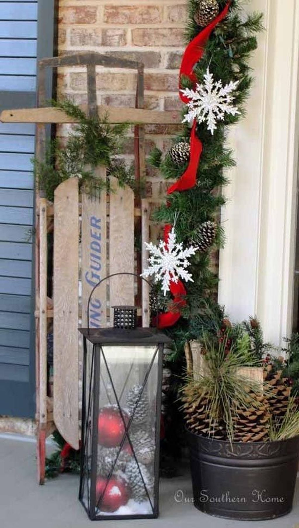 Popular Rustic Winter Porch Decoration Ideas 22