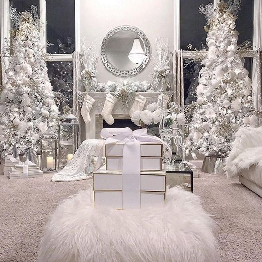 Stunning White Christmas Tree Ideas To Decorate Your Interior 13