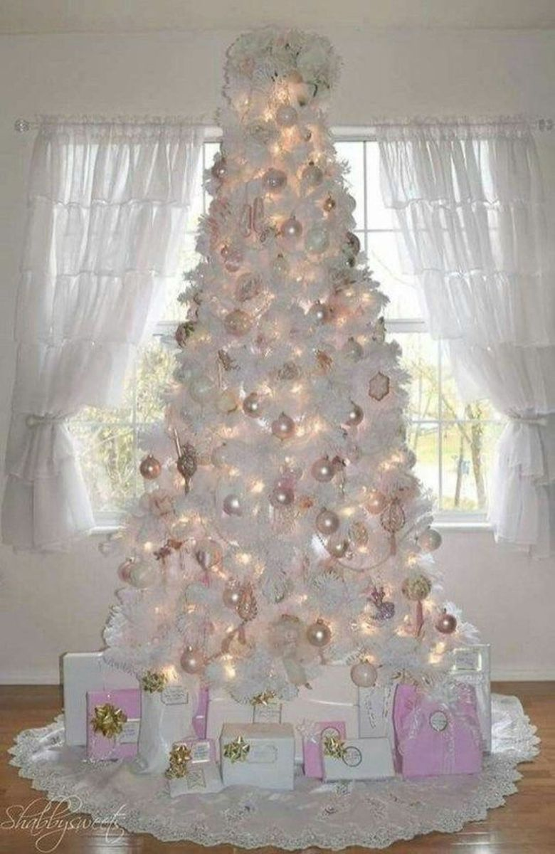 Stunning White Christmas Tree Ideas To Decorate Your Interior 37