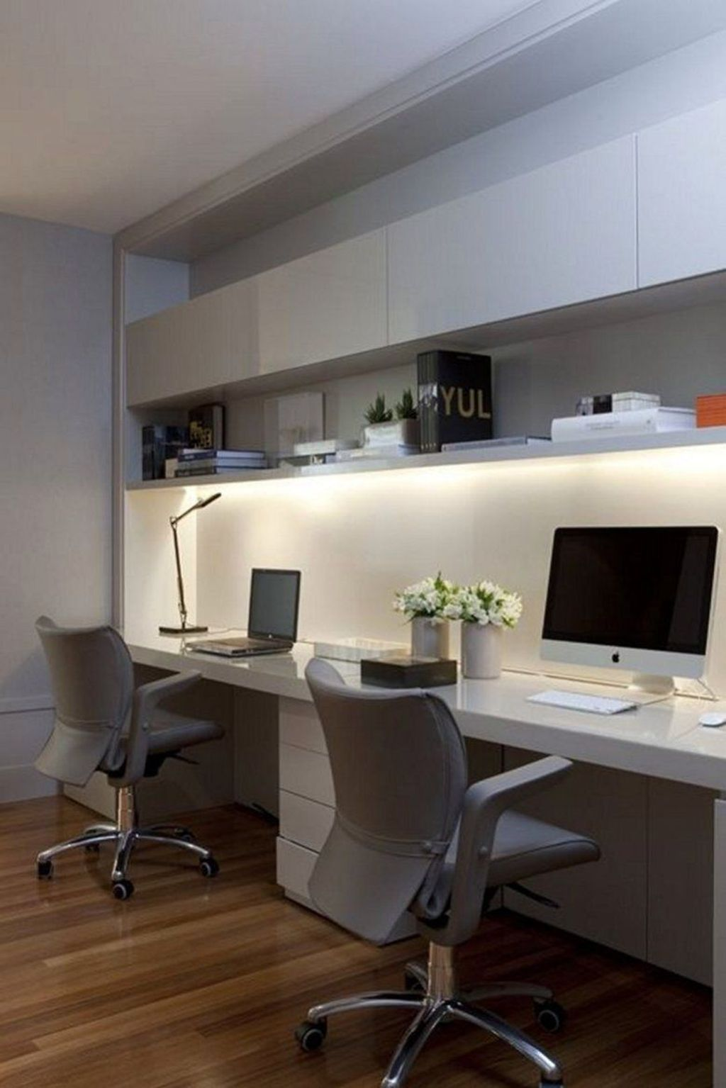 Admirable Modern Home Office Design Ideas That You Like 03