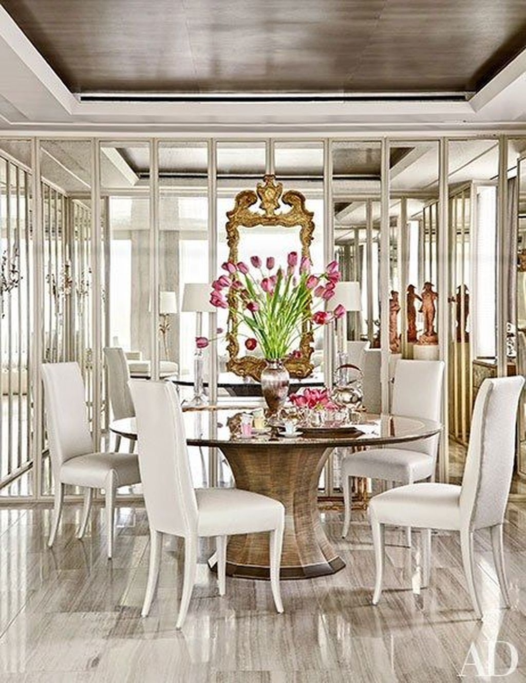 Amazing Wall Mirror Design Ideas For Dining Room Decor 24