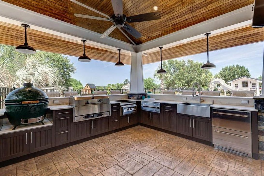 Fabulous Outdoor Kitchen Design Ideas You Must Have 29