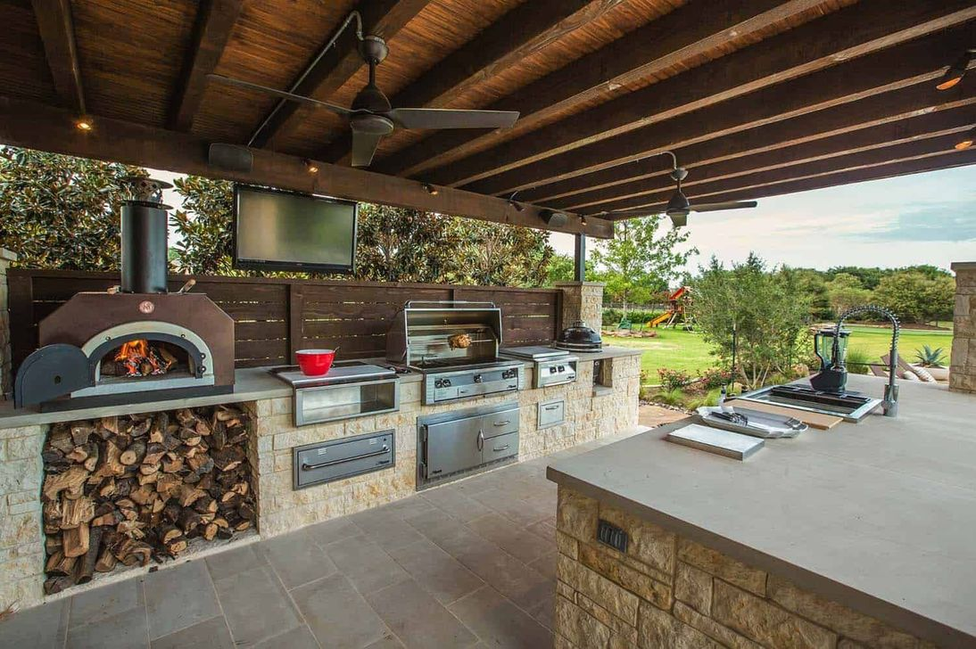 Fabulous Outdoor Kitchen Design Ideas You Must Have 31