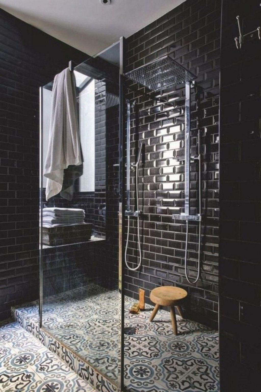 Inspiring Bathroom Tile Showers Design Ideas 03