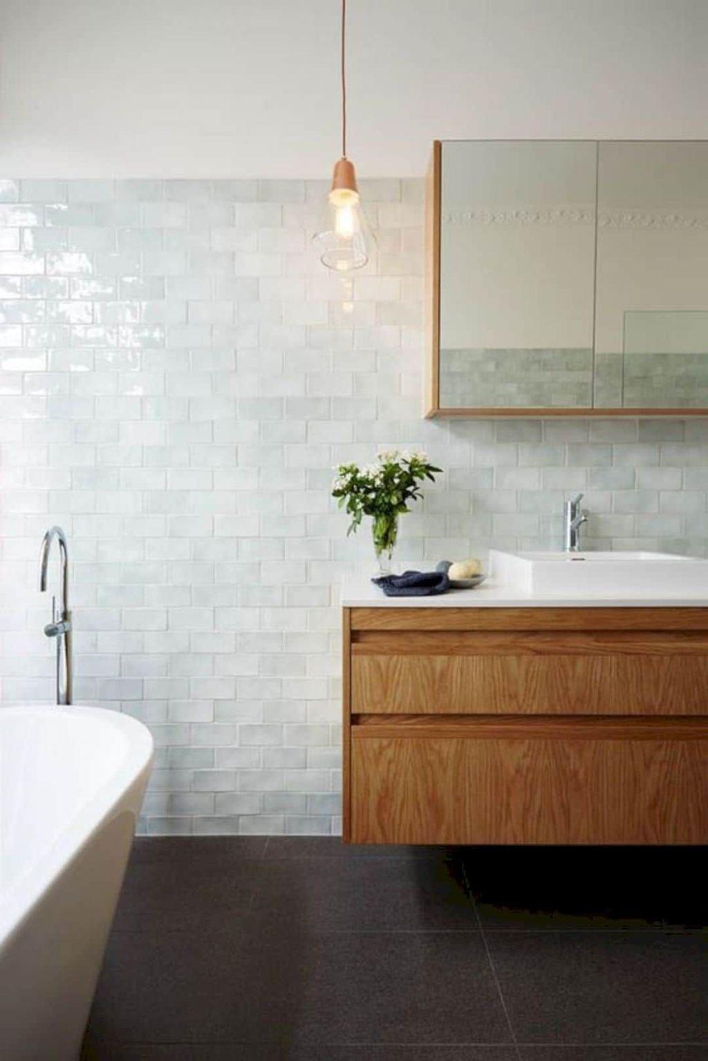 Lovely Bathroom Ceramic Tile Ideas You Should Copy 19