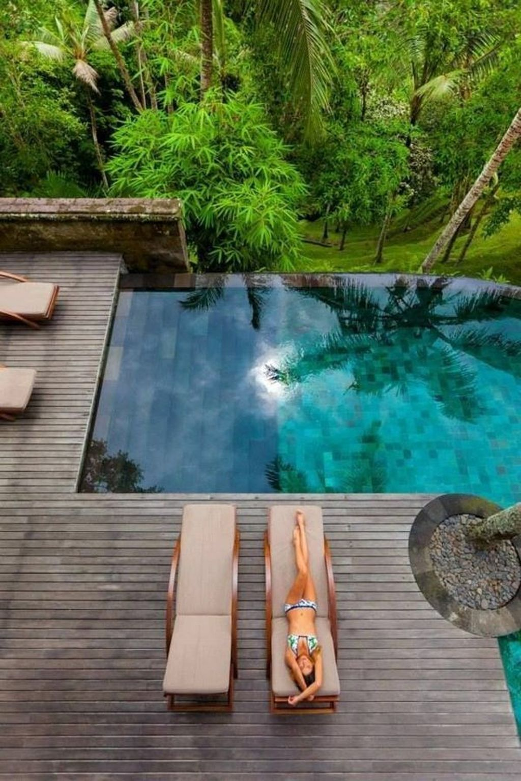 Lovely Swimming Pool Garden Ideas To Get Natural Accent 06