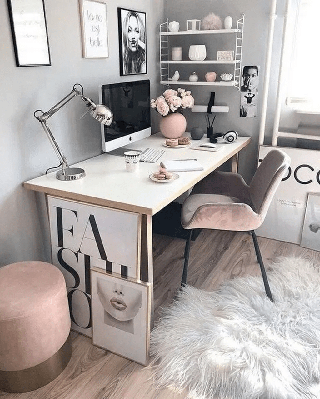 Nice Small Home Office Design Ideas 04