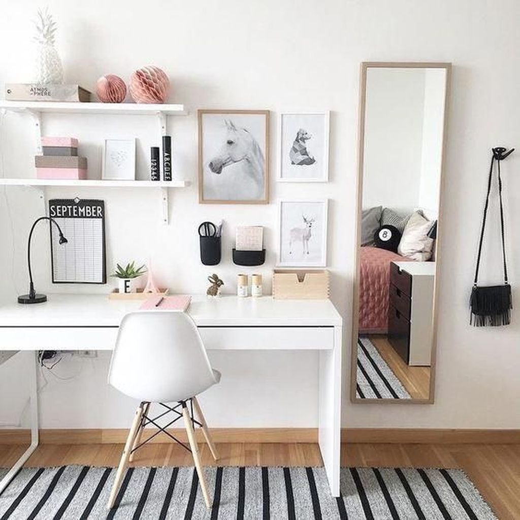 Nice Small Home Office Design Ideas 20