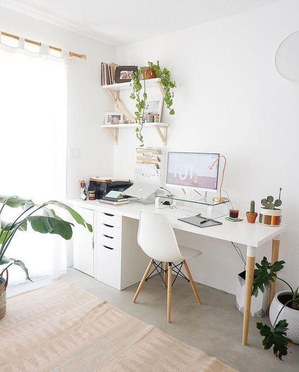 Nice Small Home Office Design Ideas 21