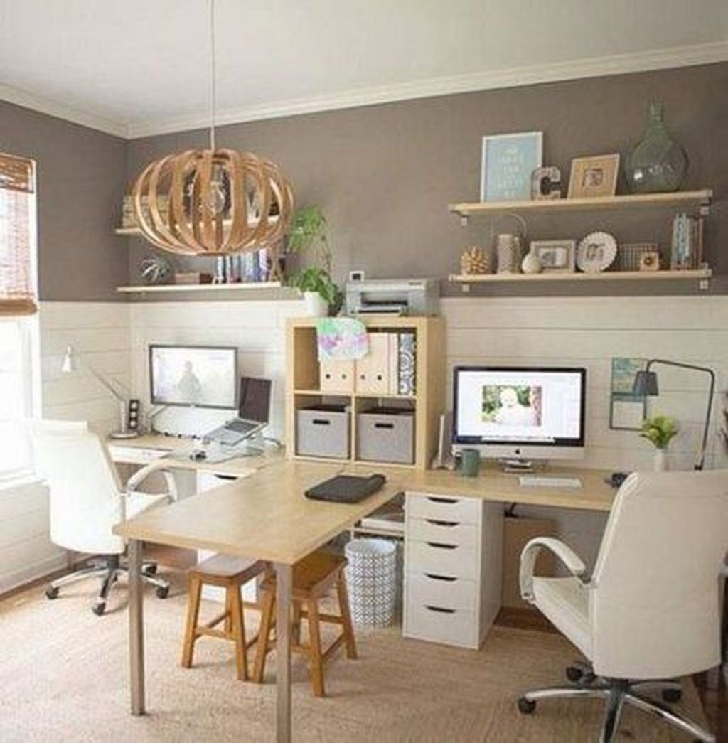 Nice Small Home Office Design Ideas 32