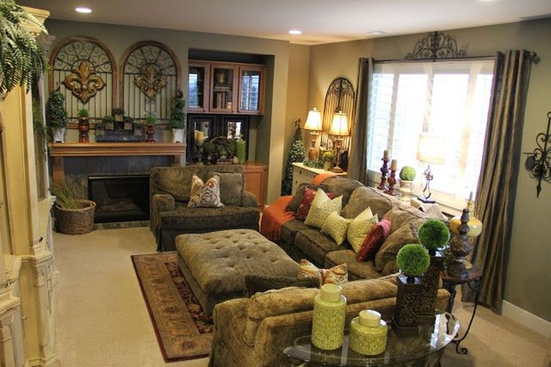Nice Tuscan Living Room Decor Ideas You Will Love 13