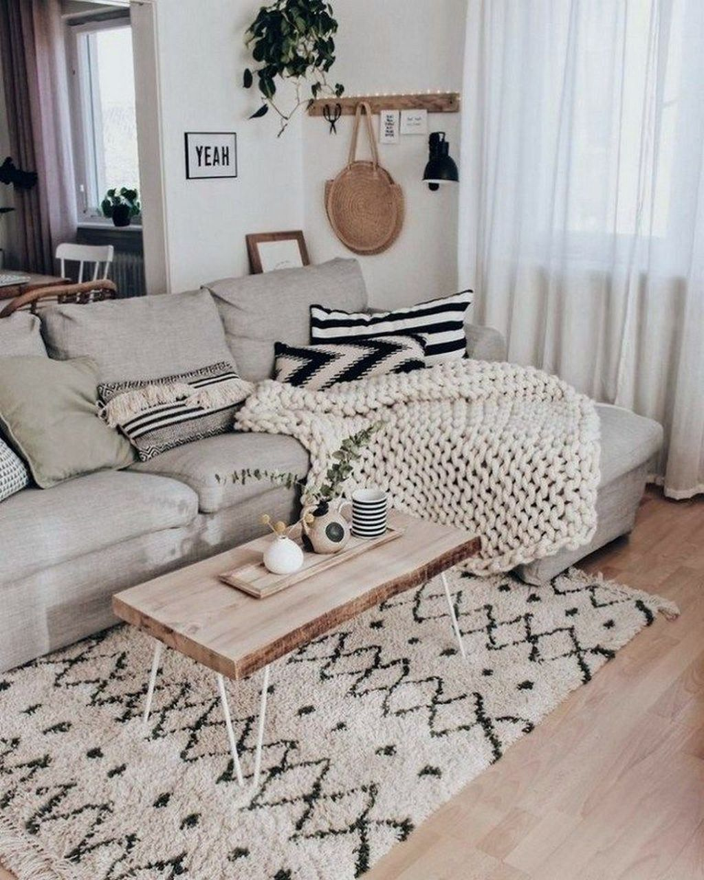 Stunning Apartment Furniture Ideas You Must Have 27