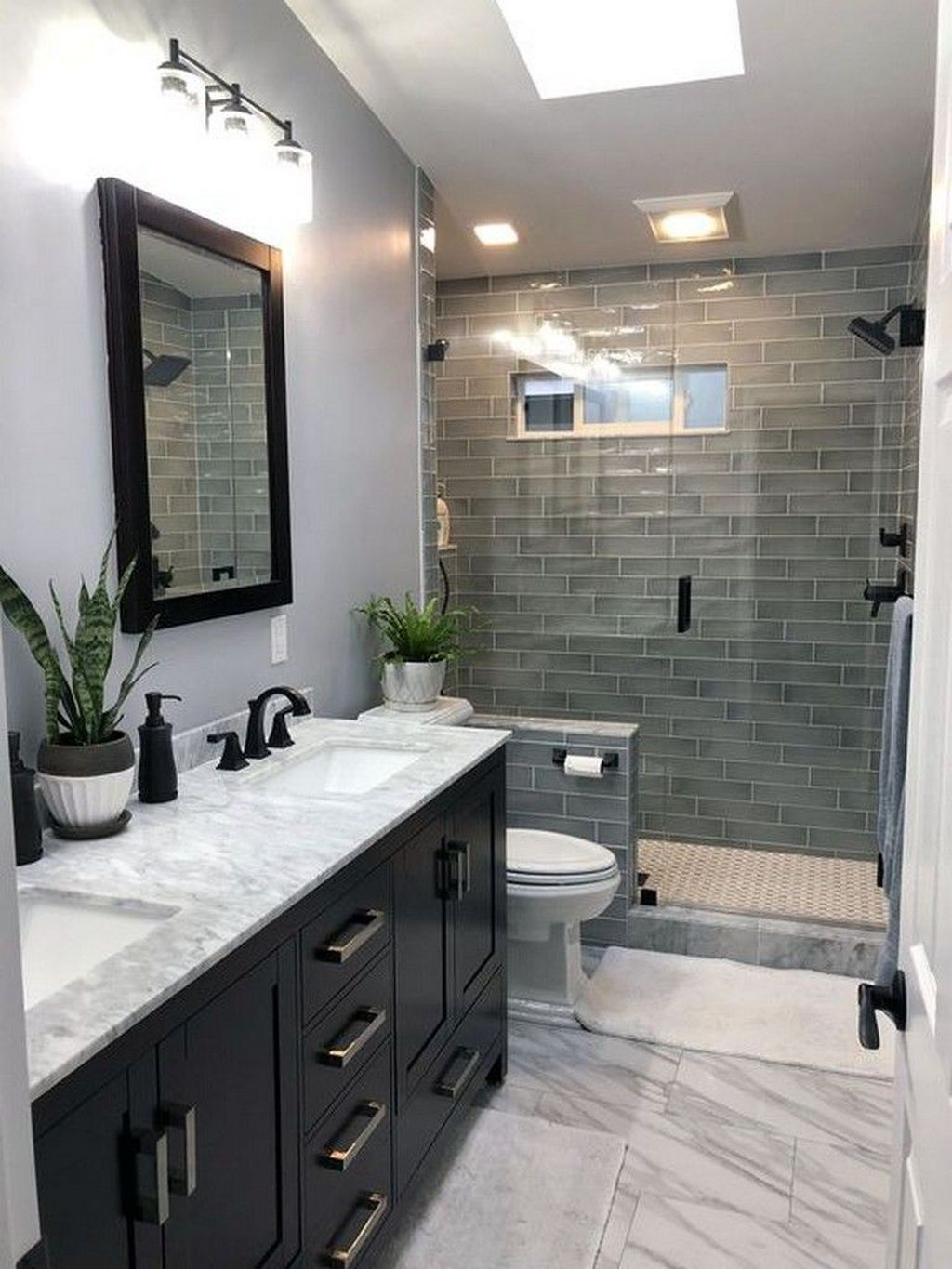 Fabulous Small Bathroom Design Ideas 02