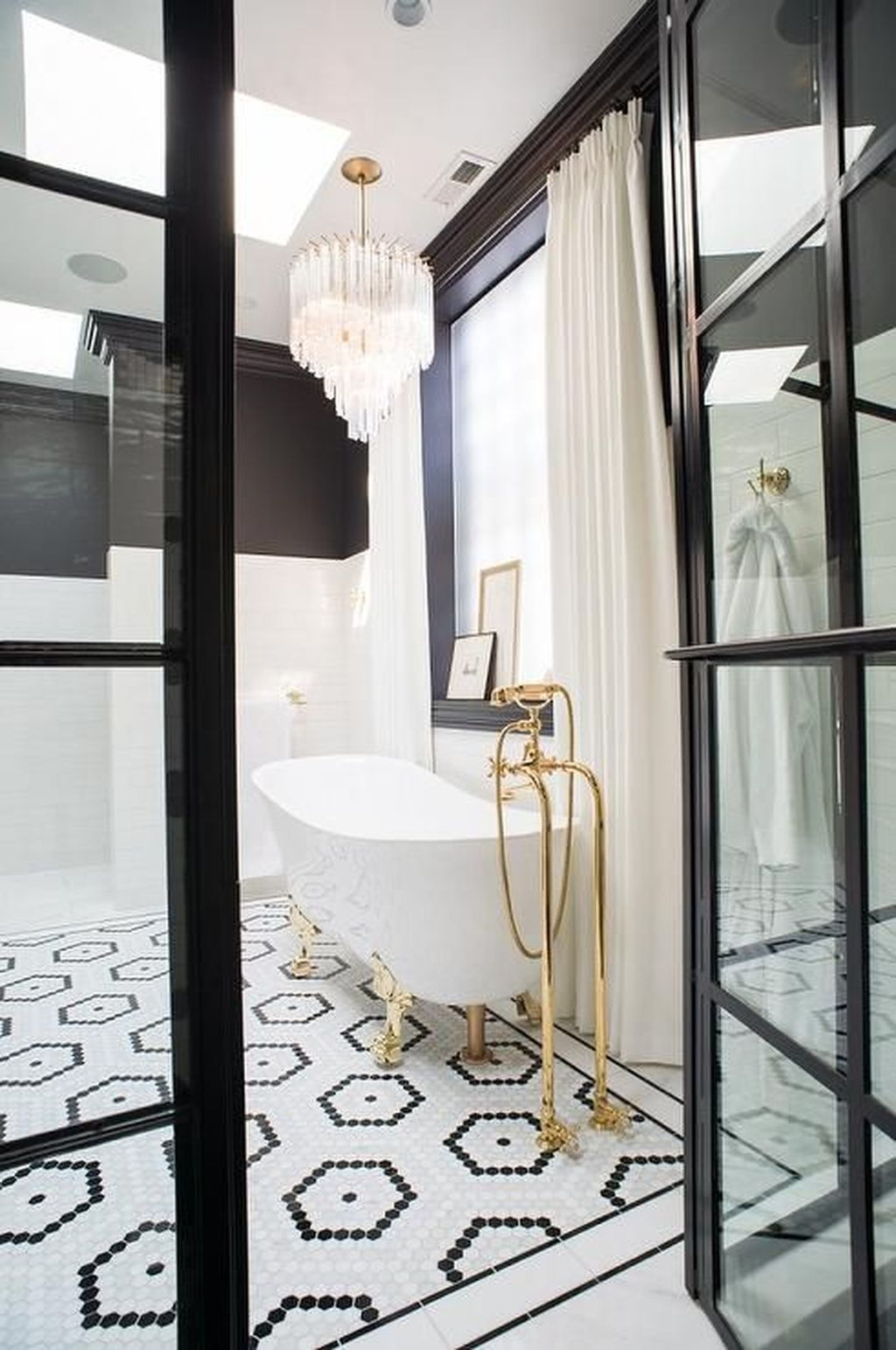 Popular Contemporary Bathroom Design Ideas 03