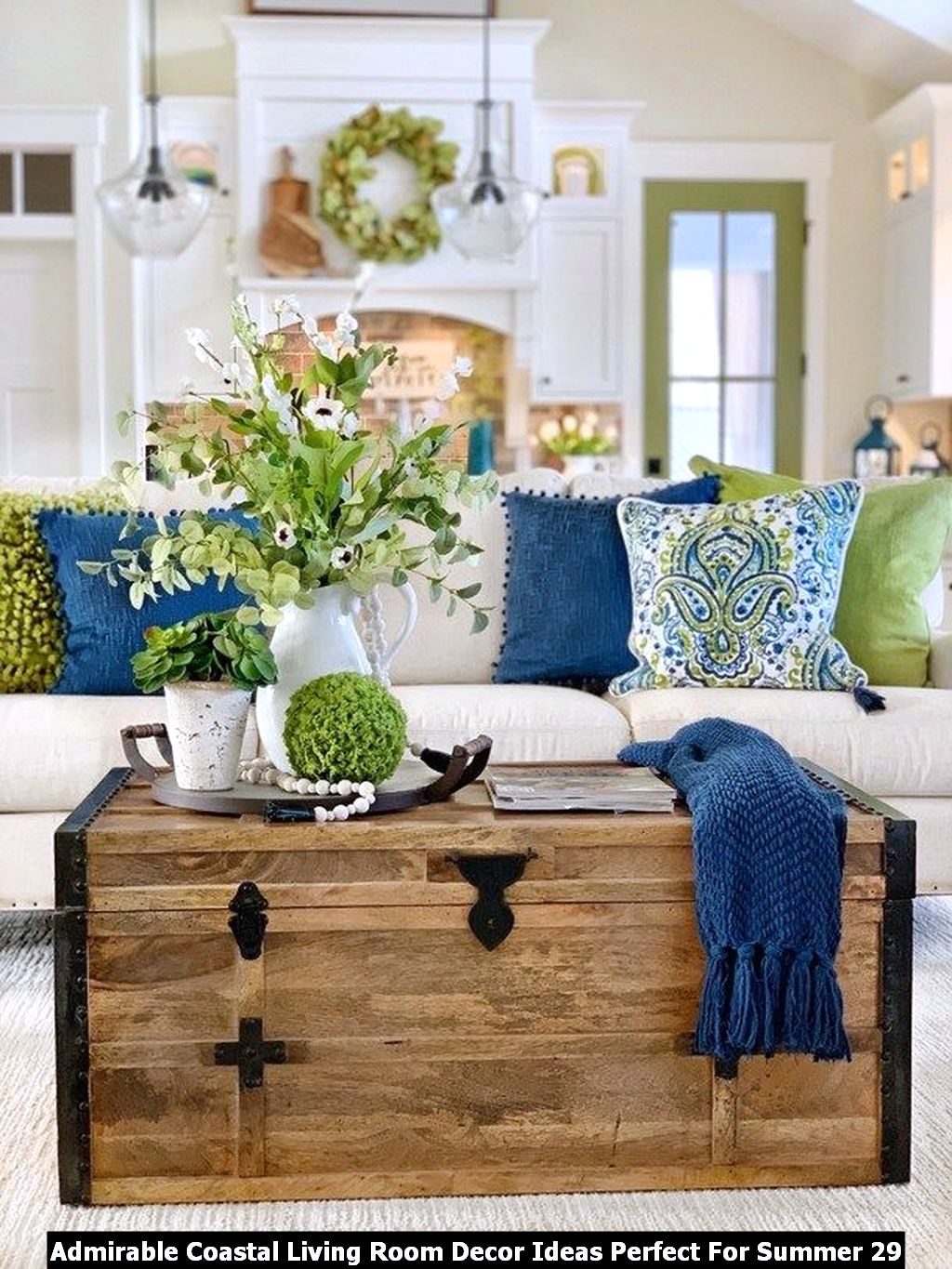 Admirable Coastal Living Room Decor Ideas Perfect For Summer 29