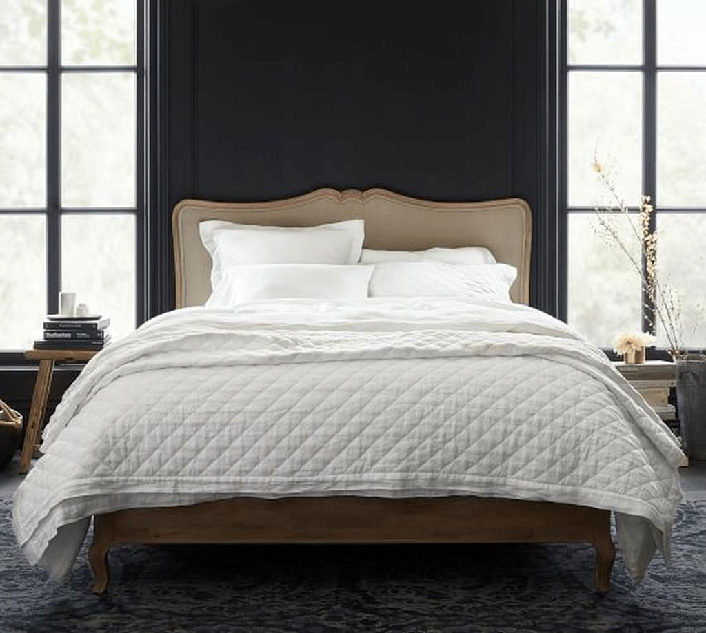 Amazing Vintage Wooden Bed Frame Design Ideas 06