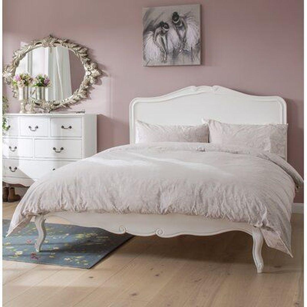 Amazing Vintage Wooden Bed Frame Design Ideas 07